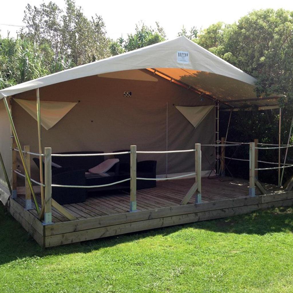 FR – Hébergements > Locatifs > Tente nomade 30 m2 2 chambres