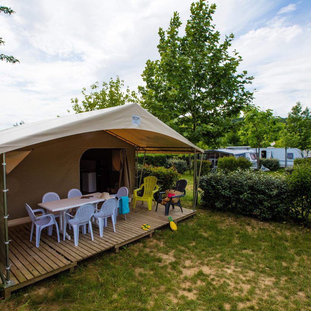 NL – Hébergements > Tentes & Chalets